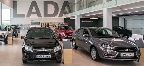АвтоВАЗ увеличит производство на четверть в 2015 году